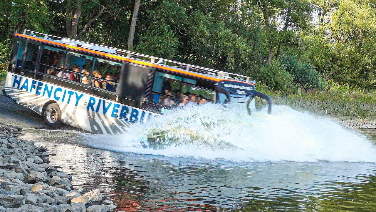 Amphibious-Bus-driving-into-River