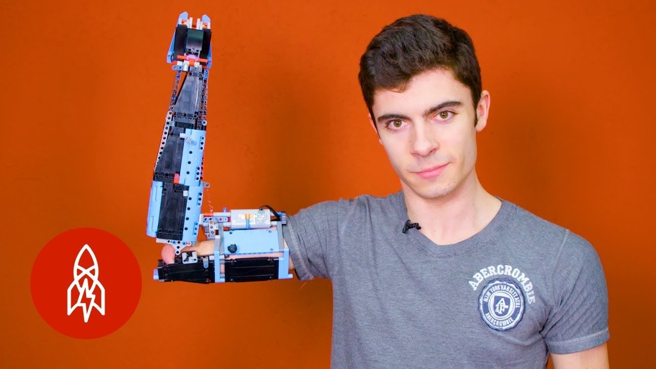 Building-a-Prosthetic-Arm-With-Lego