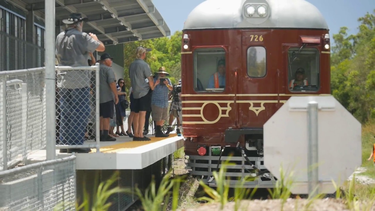 Byron-Bay-solar-train