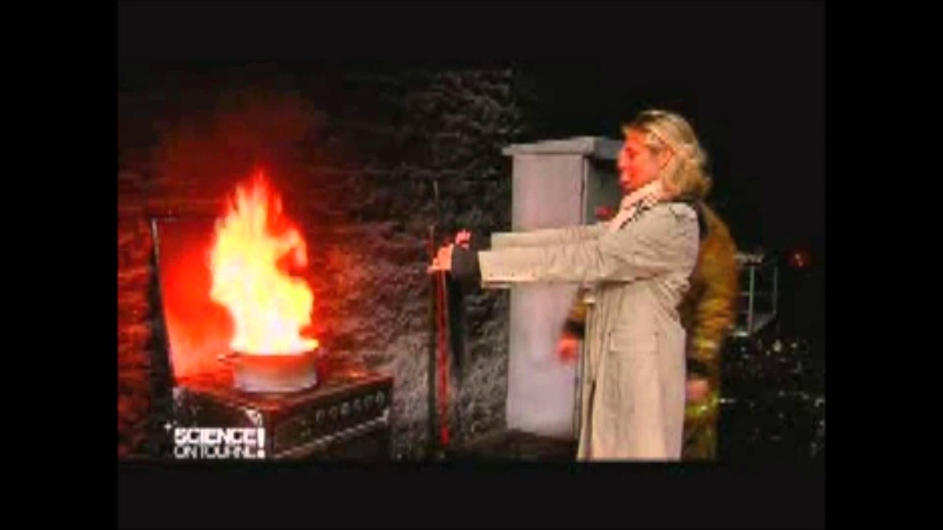 Comment-eteindre-un-feu-de-friteuse