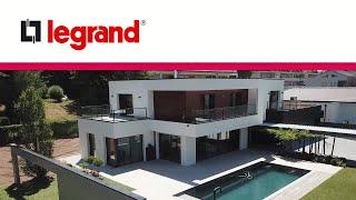 Domotique-Legrand-une-maison-100-connectee-grace-a-MyHOME_Up