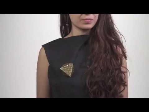 MIT-Creates-Incredible-Living-Jewellery-Robots-For-Clothing