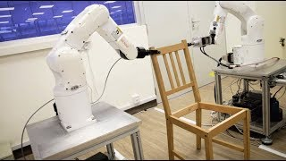 Robot-by-NTU-Singapore-builds-an-IKEA-chair
