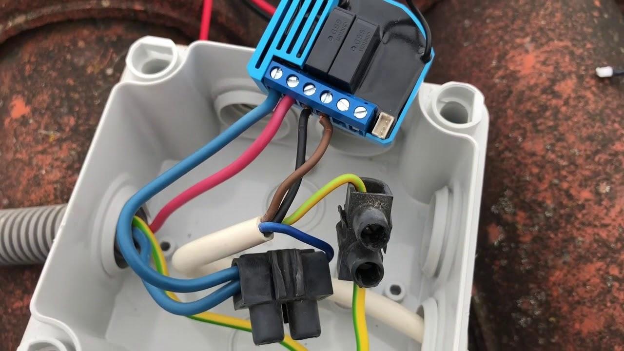 TUTO-Controler-un-store-banne-avec-un-micro-module-QUBINO